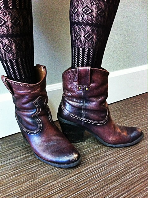 2013-03-04 western boots